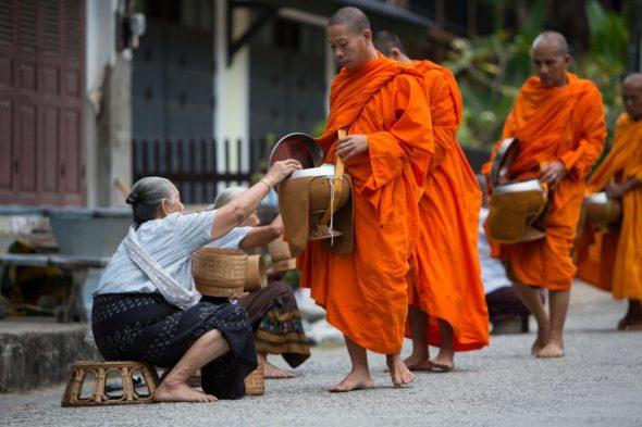 Munker i Luang Prabang