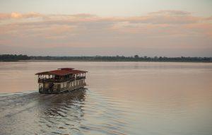 bilde av vat phou boat på tur med orkideekspressen