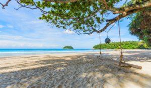 strand du kan besøke på ferie i Phuket