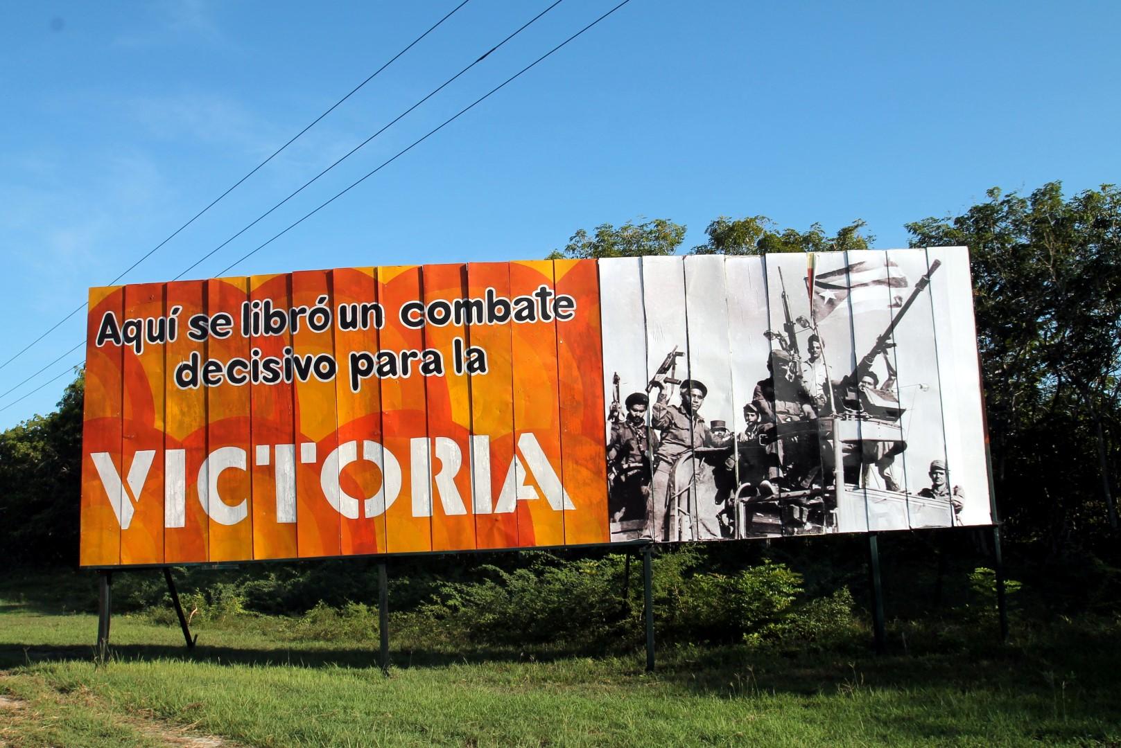 Propagandaskilt i nærheten av Grisebukta.