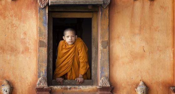 gutt i Luang Prabang Laos