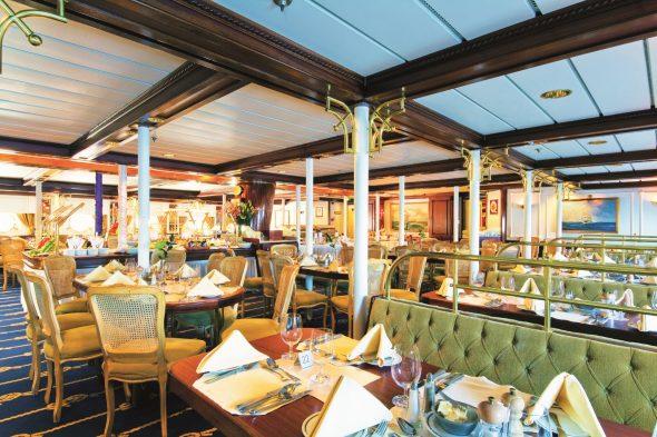 restaurant på seilbåtcruise